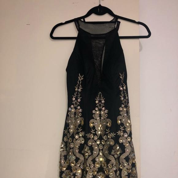 Dave & Johnny Dresses & Skirts - Dave and Johnny prom dress, opened 2 slit back